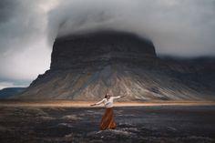 Les photos de voyageurs dans des paysages magnifiques de Elizabeth Gadd   les photos de voyageurs dans des paysages magnifique interaction homme nature par elizabeth gadd 2