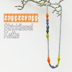 Strick-Kette