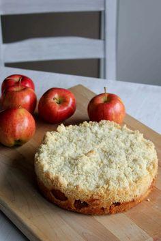 Lululu At Home: Apple Crumble Cake