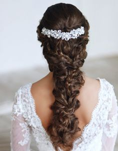 The perfect braided, messy look for your wedding day hairstyle. Medium and long length hair is perfect for this special braided hairstyle.
