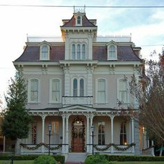 The Schwartz House in Natchez is Second Empire style. Courtesy Mississippi Department of Archives and History. Victorian Architecture, Beautiful Architecture, Beautiful Buildings, Beautiful Homes, Abandoned Houses, Old Houses, Old Victorian Homes, Victorian Houses, Vintage Houses