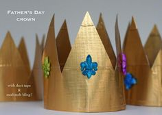 "Father's Day- ""King for a Day"" Duct Tape Crown Diy Christmas Costumes, Christmas Diy, Tape Crafts, Crafts To Make, Kids Crafts, Dress Up For Boys, Crown For Kids, King Costume, Diy Crown"