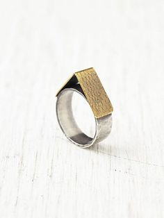 Fairfax Ring Brass