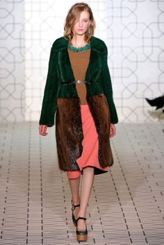 Marni Fall 2011 Ready-to-Wear Fashion Show - Dempsey Stewart
