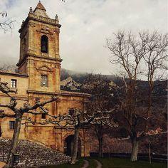 Santuario de Codés, uno de esos rincones de #Navarra que hay que conocer By @sara_mtneza - #Instagram Saber más... --> http://www.turismo.navarra.es/esp/organice-viaje/recurso/Patrimonio/3167/Santuario-de-Nuestra-Se%C3%B1ora-de-Codes.htm