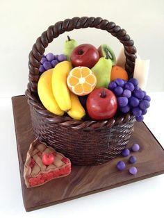 Ideas Fruit Basket Cake Food For 2019 Fondant Wedding Cakes, Fondant Cakes, Cupcake Cakes, Food Cakes, Pretty Cakes, Beautiful Cakes, Amazing Cakes, Crazy Cakes, Fancy Cakes