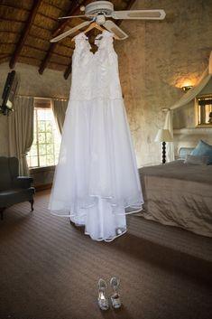 Girls Dresses, Flower Girl Dresses, Wedding Details, Wedding Dresses, Photography, Fashion, Dresses Of Girls, Bride Dresses, Moda