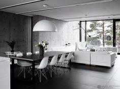 betonitalo-photo-krista-keltanen-05 Interior Architecture, Interior And Exterior, Interior Design, Concrete Building, White Decor, Modern Rustic, Villa, Dining Table, Contemporary