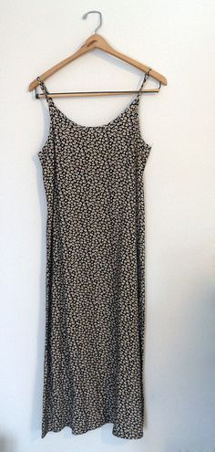 Vintage Daisy Maxi Dress M by NativeLilacVintage on Etsy, $40.00