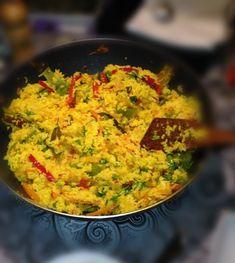 Biryani: το γιορταστικό ρύζι της Ινδίας Low Carb Vegetarian Recipes, Vegan Recipes, Cooking Recipes, Easy Recipes, Biryani, Different Recipes, International Recipes, Raw Vegan, Main Dishes