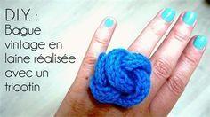Bague de style vinage en laine réalisée avec un tricotin