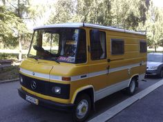 1982 after facelift motorhome Mercedes Camper, Mercedes Benz, Mercedes Sprinter, General Motors, Land Rover Defender, Classic Campers, Adventure Car, 4x4 Van, Mini Bus