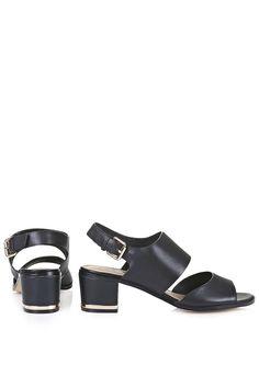 Photo 4 of NICHE Two Part Sandals http://us.topshop.com/en/tsus/product/shoes-70484/view-all-70761/niche-two-part-sandals-4282565?bi=1&ps=20