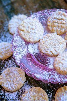 Mandelplätzchen mit Vanille – die ersten Weihnachtsplätzchen #backen #Butter #eifrei #Mandel #Rezept #Sonntagssüß #süß #Vanille #vegetarisch #Weihnachtsbäckerei