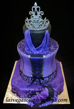 Google Αποτελέσματα Eικόνων για http://www.lasvegascustomcakes.com/wp-content/uploads/2010/12/quinceanera-cake-w-name.jpg