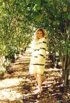 Kate Moss | Juergen Teller | Self Service | At Home in the Cotswolds - 8 Style | Sensuality Living - Anne of Carversville Women's News