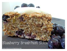 Blueberry Breakfast Slice - Natural New Age Mum Lunch Box Recipes, Raw Food Recipes, Breakfast Recipes, Snack Recipes, Cooking Recipes, Snacks, Lunchbox Ideas, Breakfast Ideas, Breakfast Dishes
