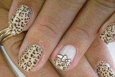 Really cute..no instructions, image only! Show it to the nail shop