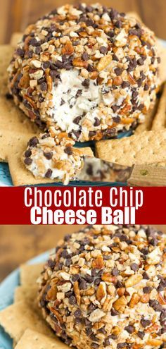 This chocolate chip cheese ball recipe is SO easy to make and great for serving at a party. The cheesecake like dip is covered in chocolate chips, toffee, and nuts. Serve with pretzels, graham crackers or cookies Dessert Cheese Ball, Dessert Dips, Dessert Recipes, Cold Desserts, Sweet Desserts, Chocolate Cheese, Chocolate Toffee, Homemade Toffee, Homemade Chocolate