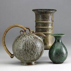 351: ARNE BANG Three glazed ceramic vessels : Lot 351