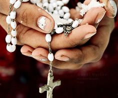 i am not what i would consider a religious person, but for some reason i have always been drawn to religious artwork/jewelry/etc...rosaries in particular are beautiful to me.