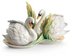 Bloomingdale's Franz Collection Swan Lake Salt & Pepper Shakers