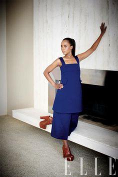 Kerry Washington in bold blue Louis Vuitton