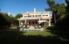 Great Opportunity, South facing 4 bedrooms Villa, at Monte da Quinta, Algarve.