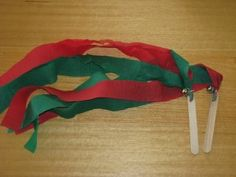 Christmas Dance Streamers with a bell, dance and sing a long with you favourite Christmas songs | learning 4 kids