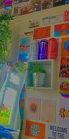 Indie Bedroom, Indie Room Decor, Cute Room Decor, Aesthetic Room Decor, Chambre Indie, Cute Room Ideas, Retro Room, Grunge Room, Aesthetic Indie