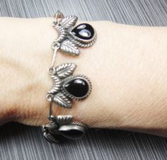 Vintage Sterling Silver Onyx Bracelet Mexico by BelmarJewelers