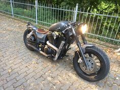 http://bilder.chop-it.de/CustomBikes/VS1400_Bobber_CB_1.jpg