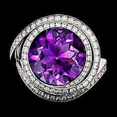 Round Amethyst and Diamond Ring in 18kt white gold