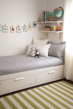 kinderzimmer einrichten bett mit stauraum wandgestaltung ideen The Effective Pictures We Offer You About boho Bed Room A quality picture can tell you Bedroom Storage, Bedroom Decor, Bed Storage, Bedroom Furniture, Furniture Ideas, Nursery Decor, Drawer Storage, Storage Shelves, Bedroom Wall