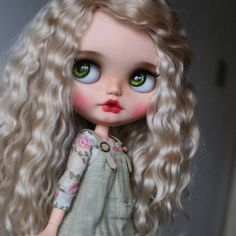 Custom Blythe by almonddollart