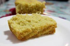 Que tal um bolo de fubá sem lactose, sem glúten e delicioso? Macio e totalmente…
