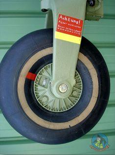 Landing Gear, Vintage Travel, Planes, Trains, Boats, Aircraft, Landing, World War, Airplanes