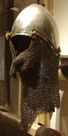 Bacinet with riveted mail aventail, ca. 1360, Deutsches Historisches Museum