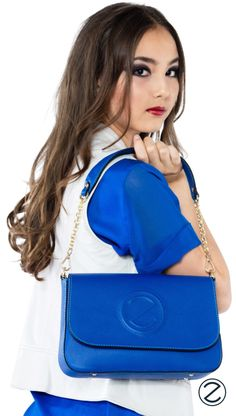 Zoccolillo designs with passion in Switzerland and develops customized leather bags and accessories. Bag Accessories, Leather Bag, Kate Spade, Blue, Handbags, Leather Satchel