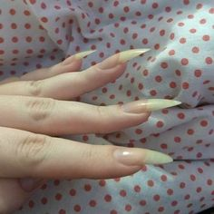 Summer is hot, you should learn the design of these 12 nails and be bold to use the color. Hair And Nails, My Nails, Vampire Nails, Long Natural Nails, Goth Nails, Sharp Nails, Natural Nail Designs, Pointy Nails, Strong Nails