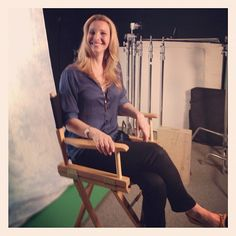 Lisa Kudrow drops by PEOPLE TV to talk about her new show Web Therapy. And she brought the lulz! <3 her!