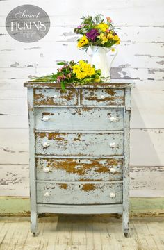Sweet Pickins Milk Paint is a true milk paint which comes in a powder form. Our Milk Paint is environmentally safe and non-toxic. Cheap Furniture, Bathroom Furniture, Discount Furniture, Furniture Projects, Furniture Design, Furniture Stores, Furniture Online, Kitchen Furniture, Furniture Movers
