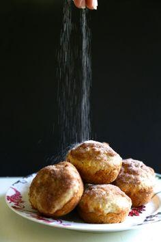 foodie fridays: simple french breakfast puffs with cinnamon sugar