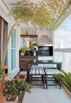 Balkon mit küche- unser kleines Wohnzimmer im Sommer