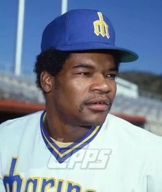 Dave Henderson Mariners Baseball, Seattle Mariners, Baseball Pictures, Pilots, Mlb, School, Boys, Sports, Vintage