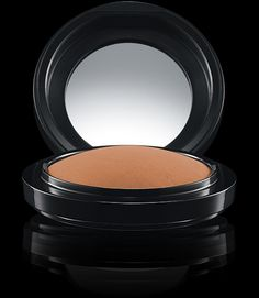 MAC Cosmetics: Mineralize Skinfinish Natural in Light Mac Makeup, Makeup Kit, Beauty Makeup