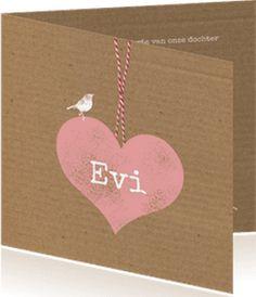 Boefjespost l Mooie geboortekaart met karton achtergrond en groot hart met strikje. www.boefjespost.nl