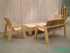 Helsinki Pavilion pallet furniture