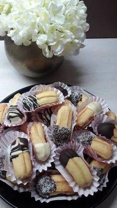 Μπισκότα Πτι φουρ Greek Sweets, Greek Desserts, Sweets Recipes, New Recipes, Confectionery, Morning Coffee, Cake Cookies, Chocolate Cake, Biscuits
