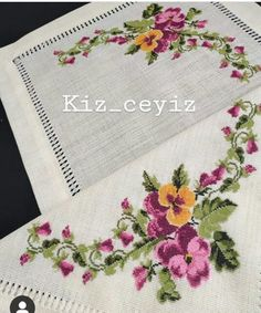 Cross Stitch Flowers, Table Runners, Diy, Stitch Patterns, Cross Stitch Patterns, Cross Stitch Embroidery, Towels, Craft, Napkins